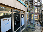 À louer un local d'activité commerciale  de 63 m²  avec vitrine, emplacement N°1, centre ville Quimper (29 000). 12/15