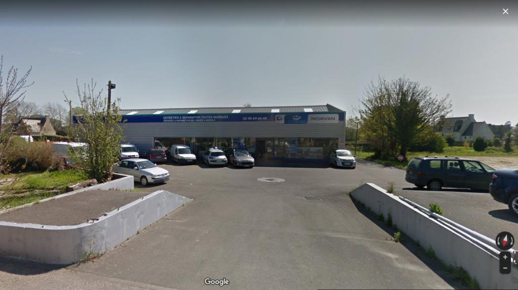 A vendre secteur PLOUESCAT  bâtiment de 300 m²