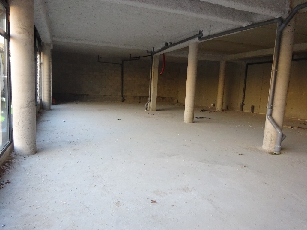 Local commercial Brest  Europe 228 m2