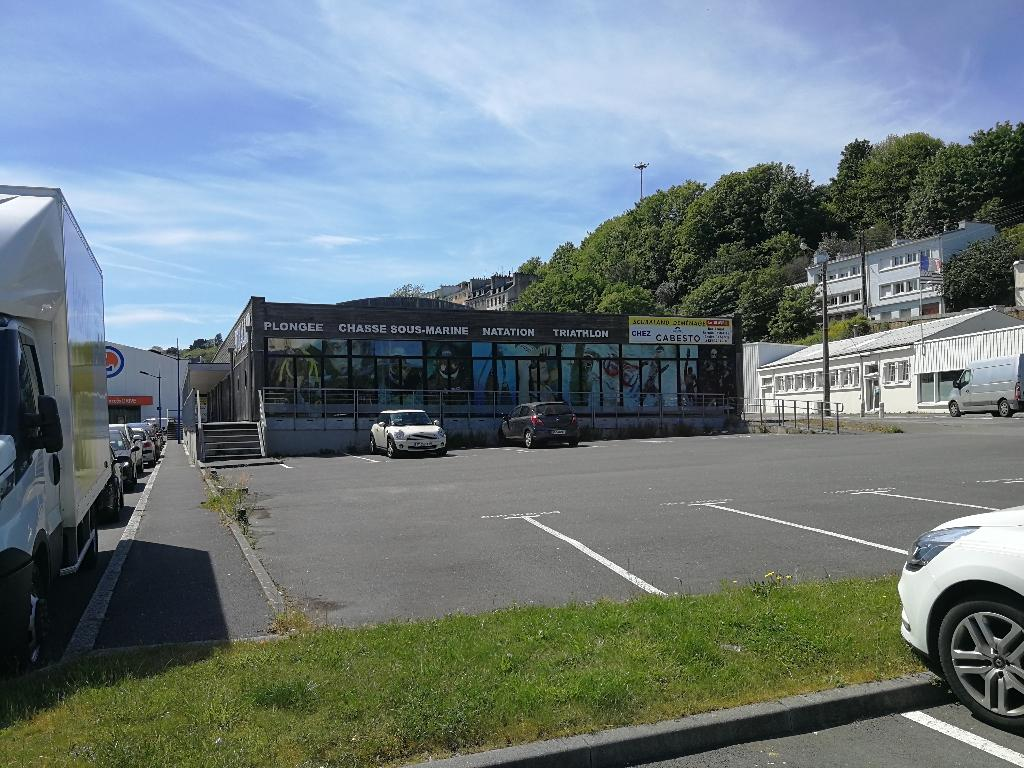 Local commercial Brest 1600 m2
