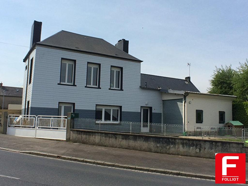 Maison proximité écoles et commerce Vire 5 pièce(s) 93 m2