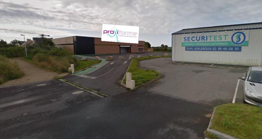 Local commercial Ploudalmezeau 1000 m2
