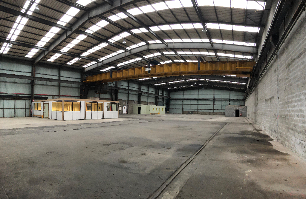 Entrepôt / local industriel Brest 2500 m2