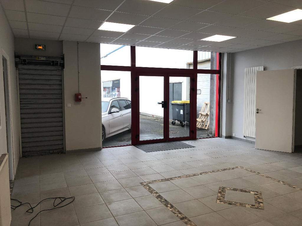 Local commercial Brest 313 m2