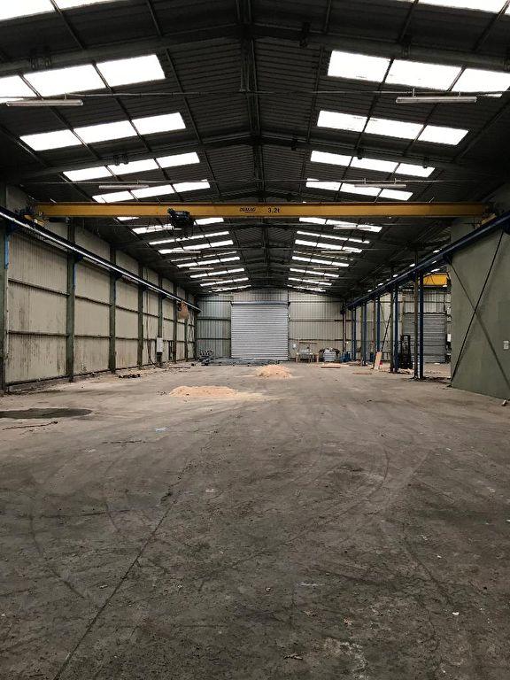 Entrepôt / local industriel Gouesnou 3.150 m2