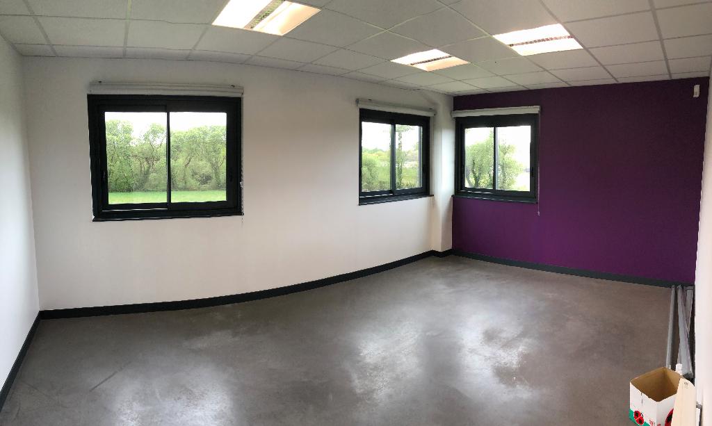 Bureaux Bourg Blanc 145 m2