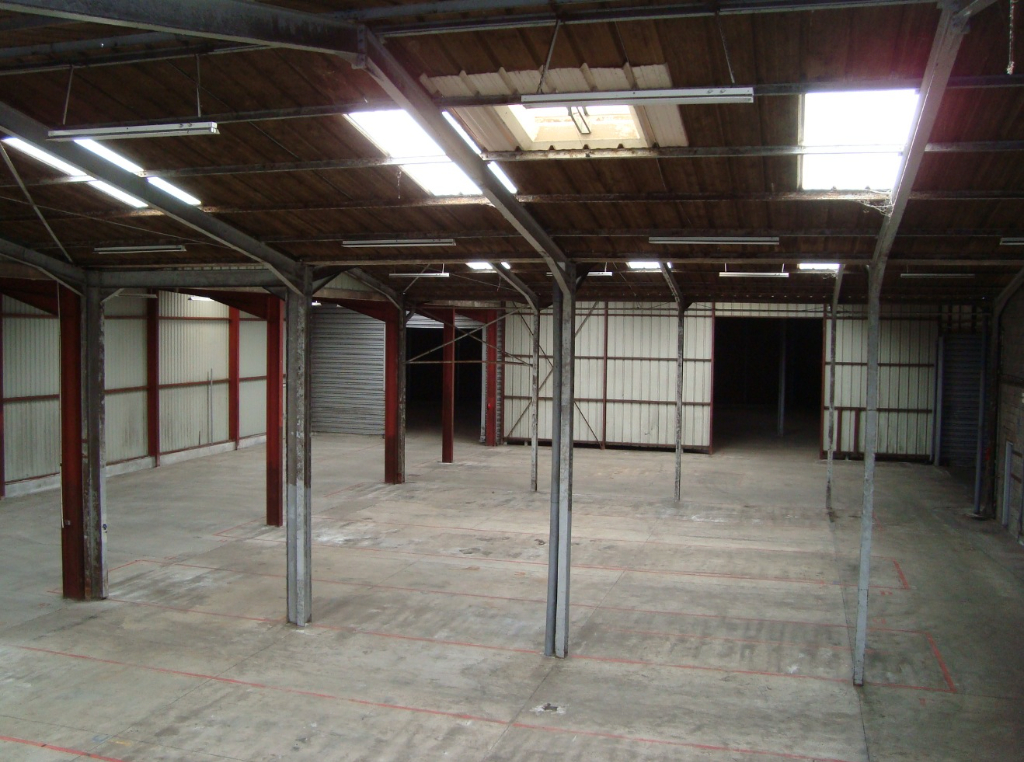 Local commercial  1000 m2