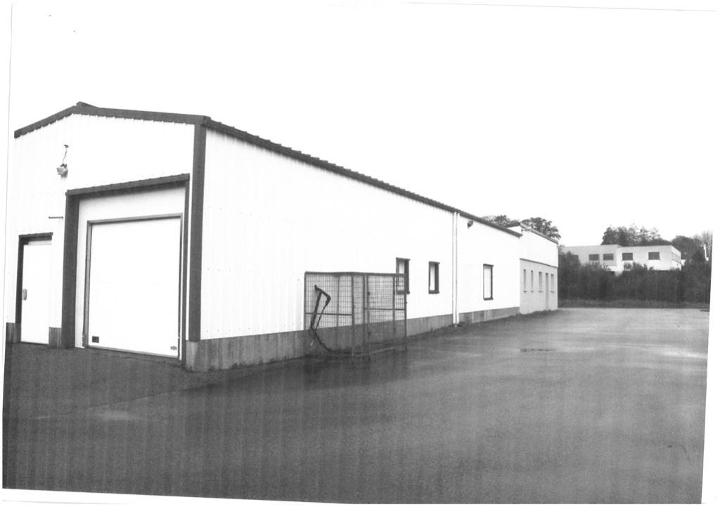Local d'activité - 400 m2 - BOURG BLANC