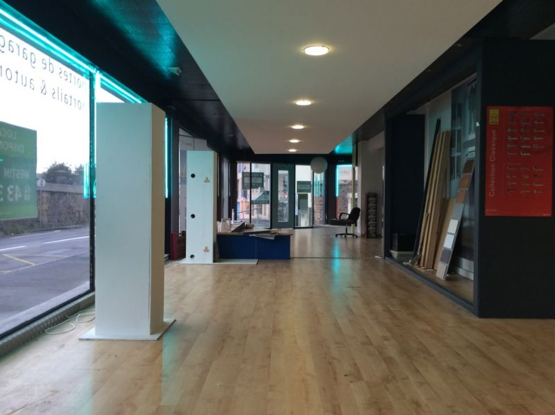 Local commercial Brest 465 m2