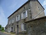 EC1201al Maison de Maître/Chambres d'Hôtes; 15 Pièces; Logis; Piscine; Bordure Rivière; Env.1.34 Hect.; Dominant la vallée.