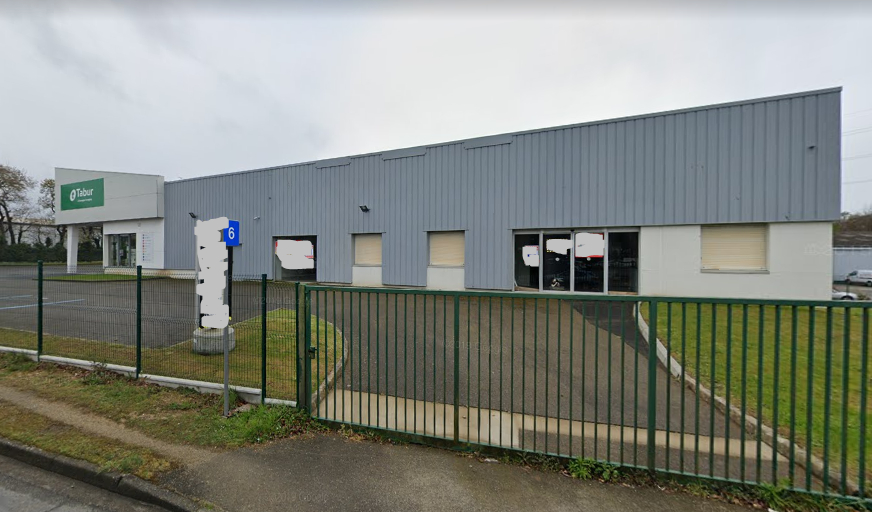 Local d'activité  1500 m2 Brest Kergaradec