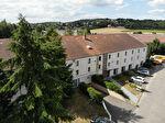 Location bureau équipé 39 M² avec parkings sur Feucherolles proche St Nom la Bretèche. Loyer mensuel toutes charges comprises: 780 euros HT