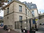 IMMOBILIERE PACQUET vous propose sur St Germain en Laye centre proche RER A.  Location d'une surface de bureaux  de 87 M².