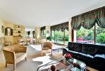 SAINT CLOUD - 6 P de 155 m² avec 150 m² de jardin 2/11