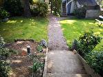 Belle maison de ville, jardin, garage