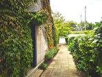 Maison des années 50, jardin et garage