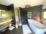 Contemporaine de 295 m² avec piscine