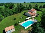 Villa moderne sur deux niveaux à la campagne avec piscine 1/5