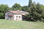 Maison en pierre  de 120 m2 en campagne et 2,7 hectares de prairies. 3/17
