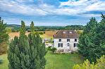 Belle maison bourgeoise entre Villeneuve sur Lot et Monflanquin avec une vue magnifique sur environ 15 hectaress 1/18