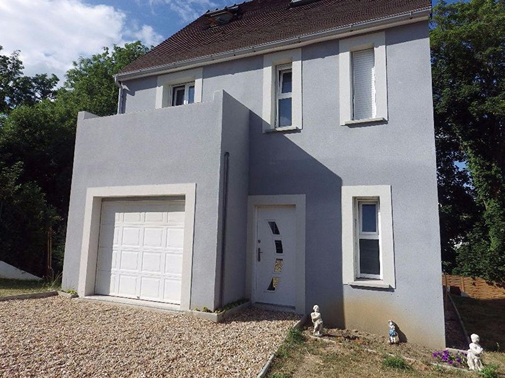 Immobilier saint germain en laye a vendre vente for Vente maison individuelle surface habitable