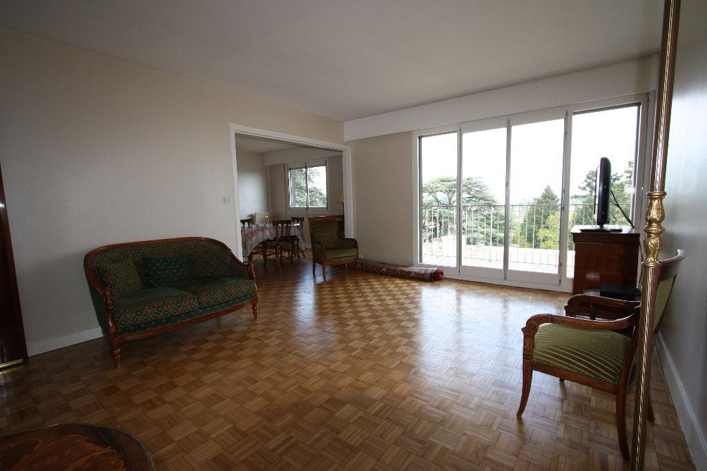 immobilier orleans a vendre vente acheter ach. Black Bedroom Furniture Sets. Home Design Ideas