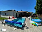 Belle villa contemporaine avec piscine et cuisine d'été 6/9