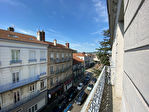 Appartement  T3 CHAMBON-FEUGEROLLES 12/12