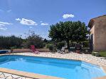 AUPS, charmante villa avec piscine sur 2500 m2 de terrain. 3/13