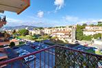 Appartement 3 pièces rénové à Cannes La Bocca 2/7