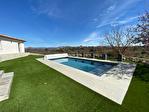 Montmeyan, Maison avec magnifique vue sur 2690 m2 de terrain. 3/10