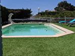 AUPS,  ensemble immobilier de deux villas avec piscine sur 1260 m2 de terrain. 3/15