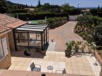 AUPS,  ensemble immobilier de deux villas avec piscine sur 1260 m2 de terrain. 11/15
