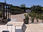 AUPS,  ensemble immobilier de deux villas avec piscine sur 1260 m2 de terrain. 14/15