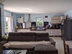 AUPS,  ensemble immobilier de deux villas avec piscine sur 1260 m2 de terrain. 15/15