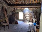 SOUS OFFRE...SALERNES, maison de village à rénover, remises, caves et greniers 7/8