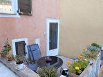 SALERNES, maison de village composée de 2 appartements duplex, une terrasse 3/10