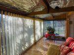 Correze. Madranges. Très Joli Chalet En Bois Avec 2 Chambres Et Un Autre Bâtiment En Bois Situé Dans De Magnifiques Jardins De 7 295 M2. 16/18
