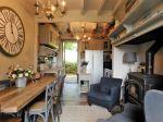 Correze. Meymac. Superbe Maison En Pierre Avec 4 Chambres, Garage Double, Four à Pain En Pierre Et Terrain De 1450m2. 11/18