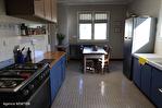 CORREZE.  Ville de Corrèze.  Maison en pierre avec une vue magnifique, 6 chambres (ou 4 et un appartement séparé). Grand garage et atelier. Jardins de 1,256m2 9/18