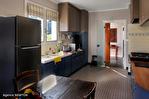 CORREZE.  Ville de Corrèze.  Maison en pierre avec une vue magnifique, 6 chambres (ou 4 et un appartement séparé). Grand garage et atelier. Jardins de 1,256m2 10/18