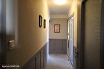 CORREZE.  Ville de Corrèze.  Maison en pierre avec une vue magnifique, 6 chambres (ou 4 et un appartement séparé). Grand garage et atelier. Jardins de 1,256m2 13/18