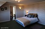CORREZE.  Ville de Corrèze.  Maison en pierre avec une vue magnifique, 6 chambres (ou 4 et un appartement séparé). Grand garage et atelier. Jardins de 1,256m2 14/18