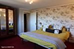 CORREZE.  Ville de Corrèze.  Maison en pierre avec une vue magnifique, 6 chambres (ou 4 et un appartement séparé). Grand garage et atelier. Jardins de 1,256m2 16/18