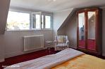 CORREZE.  Ville de Corrèze.  Maison en pierre avec une vue magnifique, 6 chambres (ou 4 et un appartement séparé). Grand garage et atelier. Jardins de 1,256m2 17/18