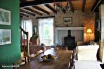 Lot, proche de  Puy l'Évêque,  Une jolie maison de village de 3 chambres, une grange attenante et un Gite séparé de 1 lit. 5/18