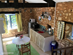 Lot, proche de  Puy l'Évêque,  Une jolie maison de village de 3 chambres, une grange attenante et un Gite séparé de 1 lit. 14/18