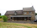 Manche - Sourdeval - Jolie maison en pierre avec studio et jardins avec vue sur la campagne 1/16