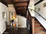 QUERCY - BOURG DE VISA - Manoir en pierre avec 5 chambres, piscine, grange et parc jardins de 1.15 hectares 6/18