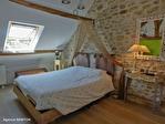 Correze. Treignac.  Superbe maison en pierre avec 4 chambres, garage et jardins de 1140m2. 13/18